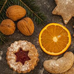 Biscuits de Noël à la muscade et à l'orange