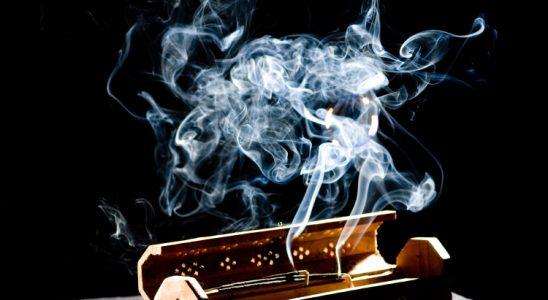 Fait ou mythe: brûler de l'encens est-il mauvais pour votre santé? Underground Health Reporter